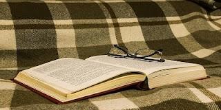 100 Contoh Kata Arkais Beserta Pengertiannya