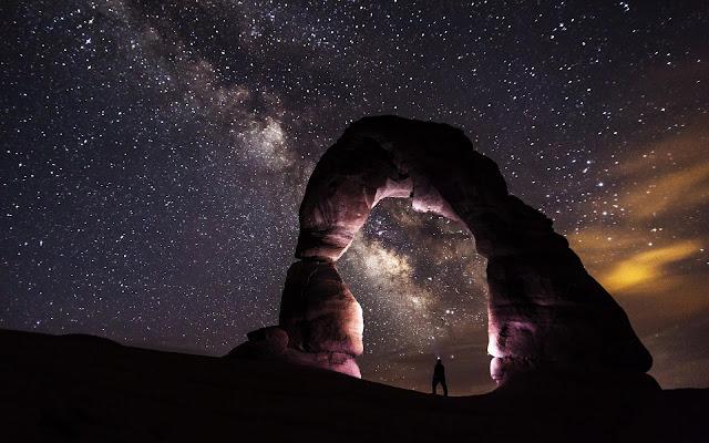 Pemandangan bagus di malam hari