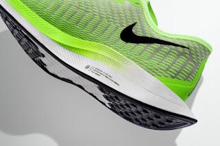 95e10c973 A Família Nike Zoom 2019 será lançada em um tom de verde neon (que é a cor  mais visível pelo olho humano). Os designers criaram um tom neon exclusivo  para o ...