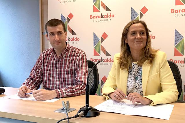 La alcaldesa y el concejal de Alcaldía
