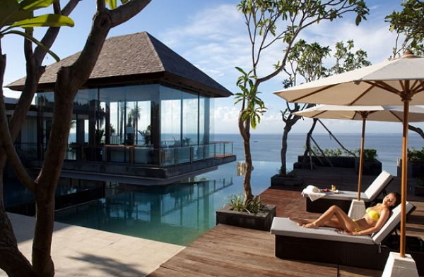 Hotel di Pantai Balangan Bali