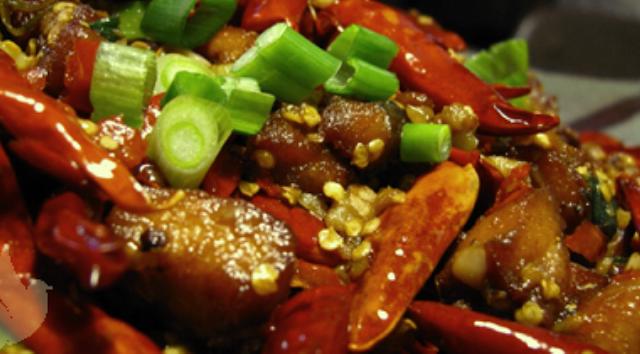 Tujuh Bahaya Makanan Pedas Bagi Tubuh