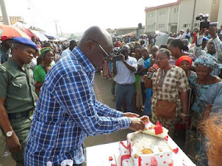 Fayose Shares His Birthday Cake With Residents Of Ado-Ekiti, Hands Them N200 Each 1