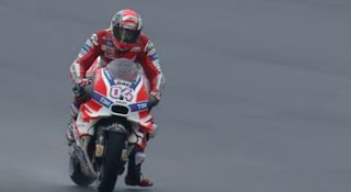 Dovizioso Juara MotoGP Malaysia 2016, Rossi Kedua