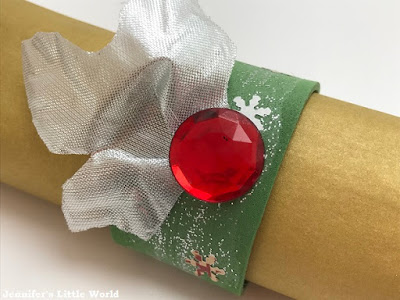Glittered Christmas napkin rings