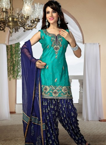 punjabi fashion girls dressing with punjabi dressing suits. Black Bedroom Furniture Sets. Home Design Ideas