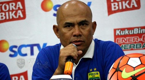 Persib Bandung Perkenalkan Pelatih Baru Pekan Ini