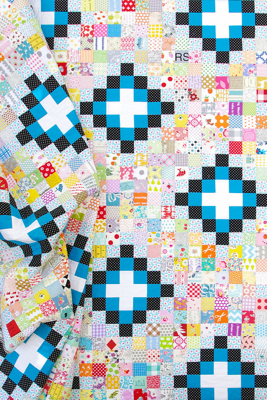 Irish Chain Scrap Buster Quilt - tutorial available | Red Pepper Quilts 2015