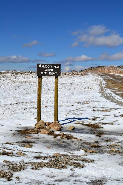 Беартус Хайвей (Beartooth Highway), Монтана - найгарніша дорога Америки