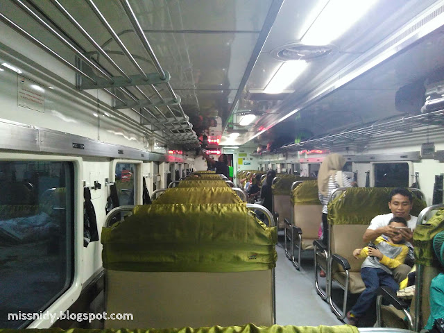 naik kereta api bogowonto ke yogyakarta