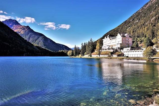 Gambar Pemandangan Alam Indah di Swiss Champex Lac
