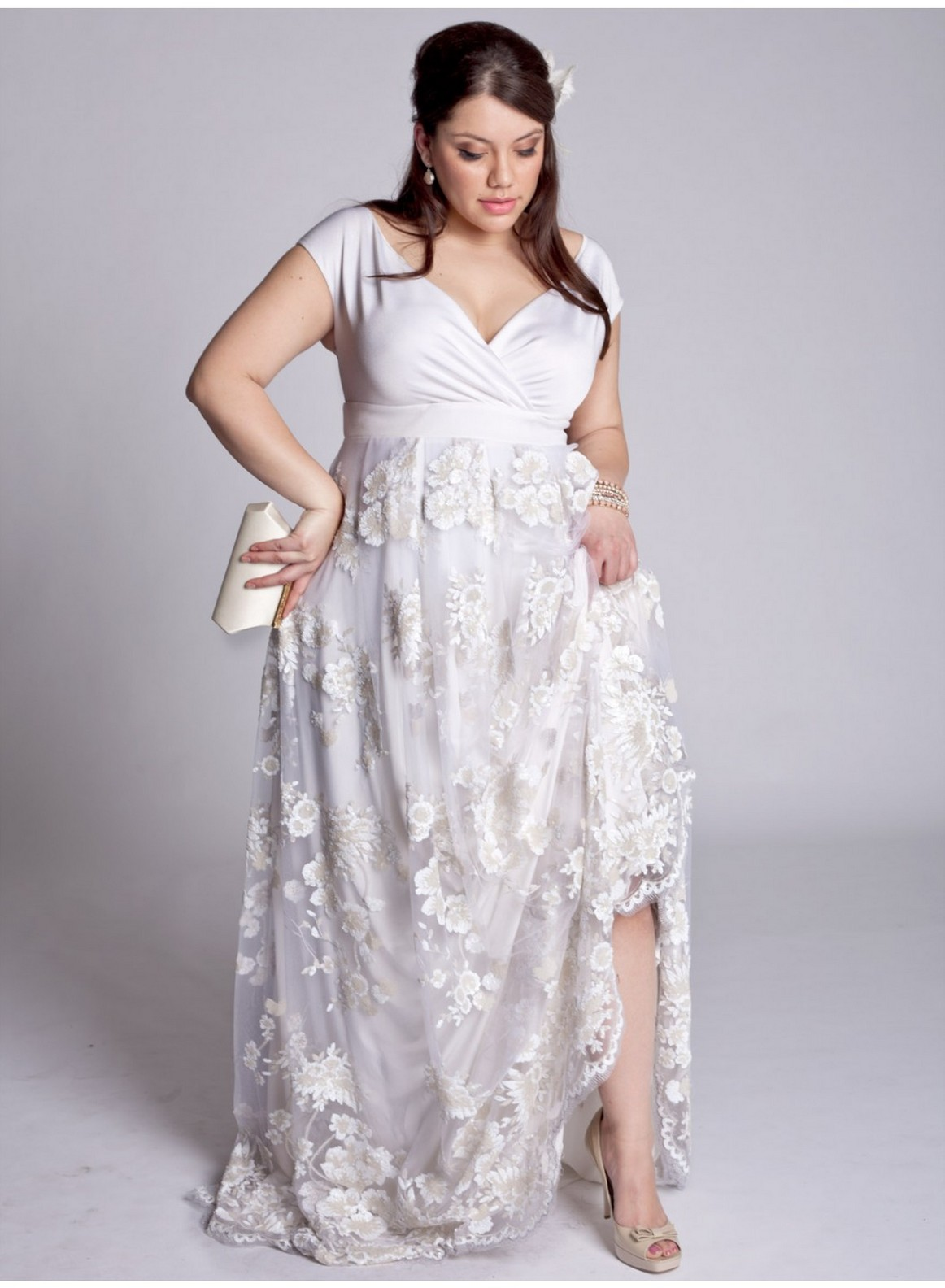 Plus Size White Dress: Plus size white maxi dresses for women