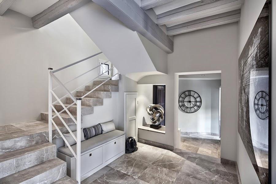 Nowoczesna willa na Majorce, wystrój wnętrz, wnętrza, urządzanie domu, dekoracje wnętrz, aranżacja wnętrz, inspiracje wnętrz,interior design , dom i wnętrze, aranżacja mieszkania, modne wnętrza, marmurowe schody