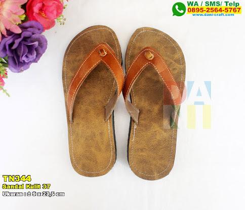Sandal Kulit 37