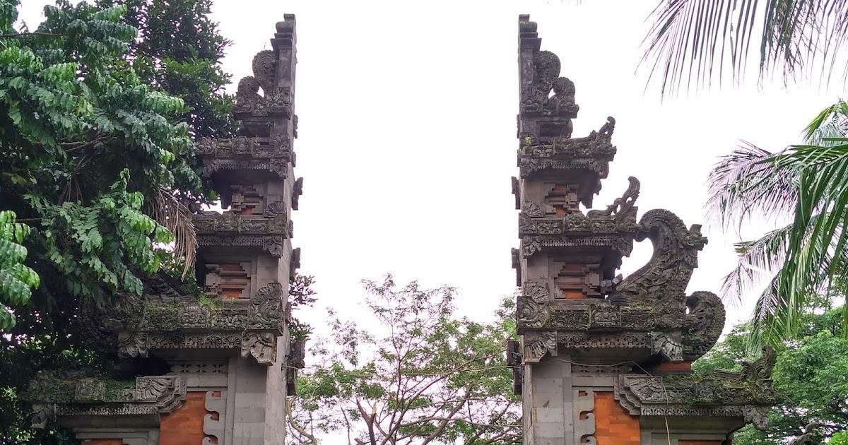 Rumah Adat Bali  Gapura Candi Bentar  Tradisi Tradisional