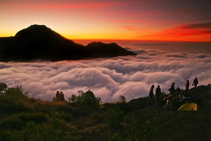 Trekking Mount Rinjani National Park Lombok Island Indonesia