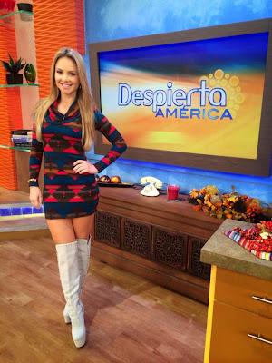 Fotos Ximena Córdoba mini falda