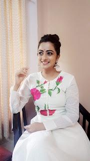tamil actress namitha pramod
