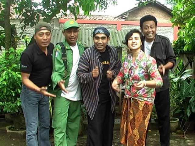 Komedi Grup Geng Gluweh Idola Baru di Pati