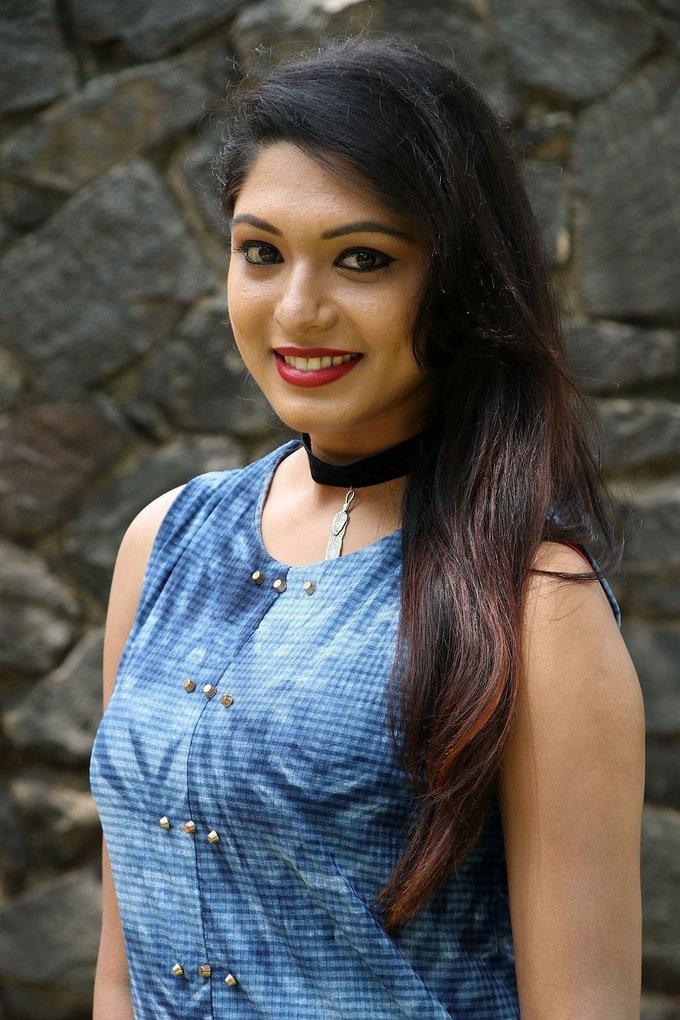Actress Akshatha Sridhar at Theru Naaigal Movie Team Meet Stills