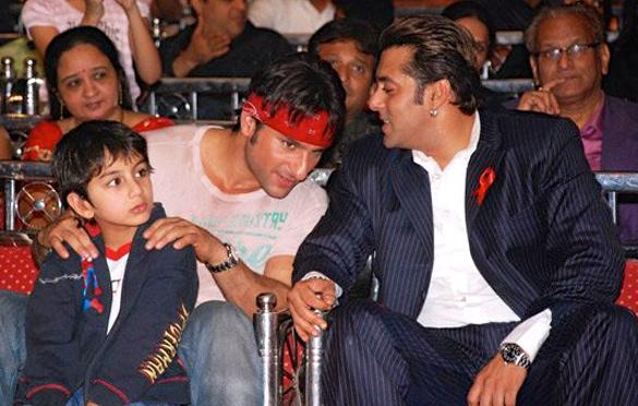 n 1994, Khan showed up in Rajkumar Santoshi's Andaz Apna,