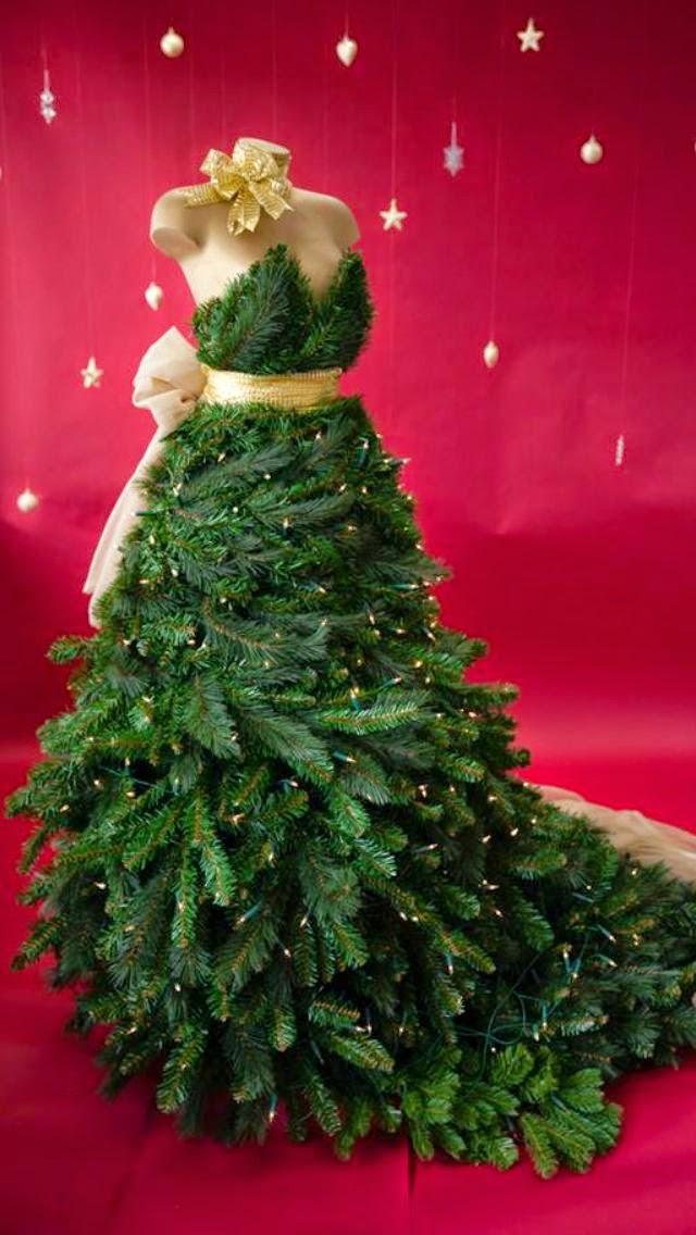 estrella fashion report christmas tree dress forms photos. Black Bedroom Furniture Sets. Home Design Ideas