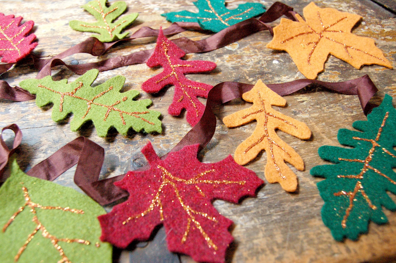 Check It Out And Make Some Easy Fall Decorations With Your Kids!