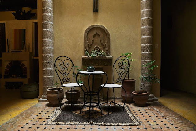 Detalle del patio del riad Dar Sabon