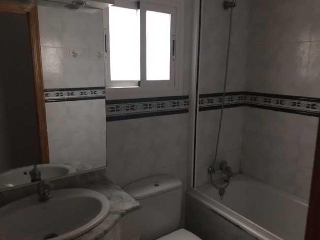 piso en venta calle san francisco castellon wc