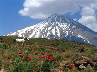 ये है दुनिया के सबसे ऊंचे पहाड़, यहां हर कदम पर घूमती है मौत...world top ten mountains