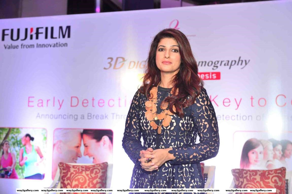 We spotted Twinkle Khanna at the launch of Fujifilms  Micron D Mammography machine