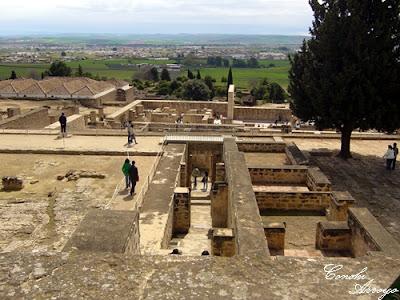 Vista general de las viviendas superiores en Medina Azahara - Córdoba