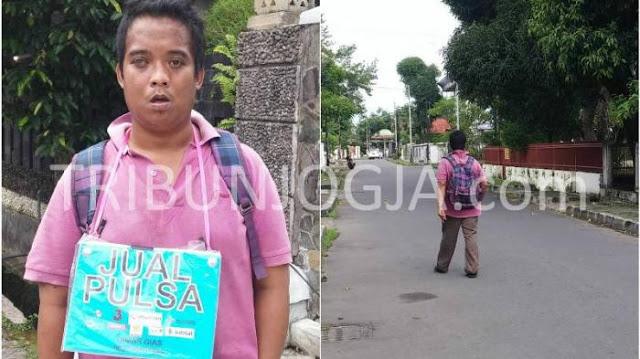 Subhanallah, Dimas Bercita cita Mulia Naik Haji Dengan Berjualan Pulsa Keliling