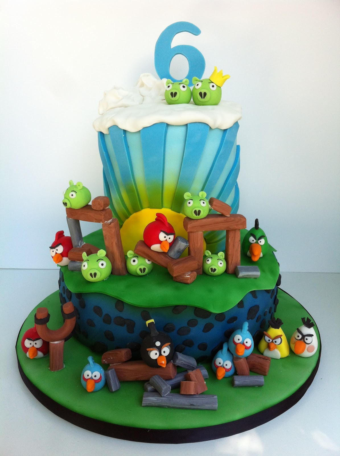 Whimsical By Design Austin S Angry Birds Birthday Cake