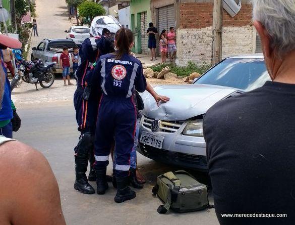 Colisão entre dois carros deixa três pessoas feridas em Santa Cruz do Capibaribe