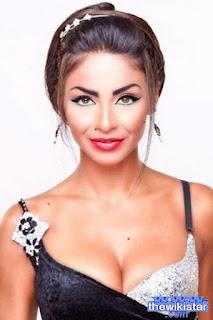 دوللي شاهين (Dolly Shahine)، مغنية وممثلة لبنانية، مواليد 7 فبراير 1979