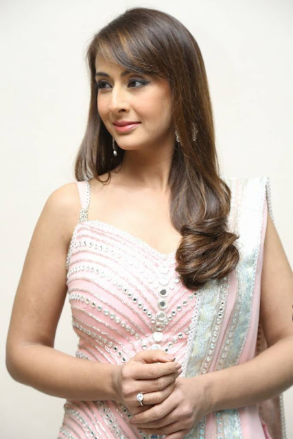 Preeti Jhangiani Stills Photoshoot in Baby Pink Lehenga Choli