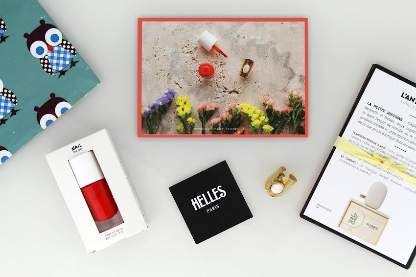La Petite Attention box idée cadeau bague Cabochon Helles vernis Nailmatic Ella antisèches cadeaux précédents