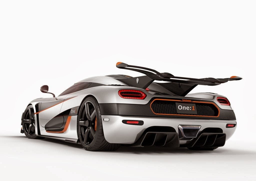 [Resim: Koenigsegg+One1+2.jpg]