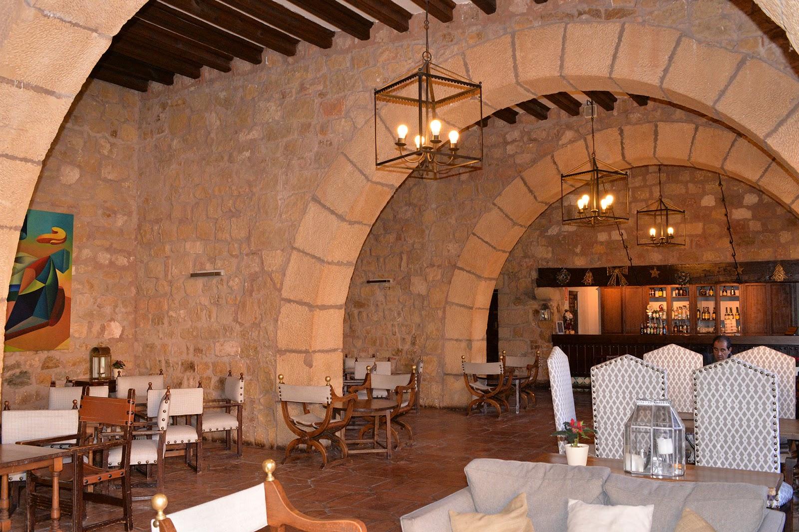 castillo parador sigüenza castle spain españa cafeteria