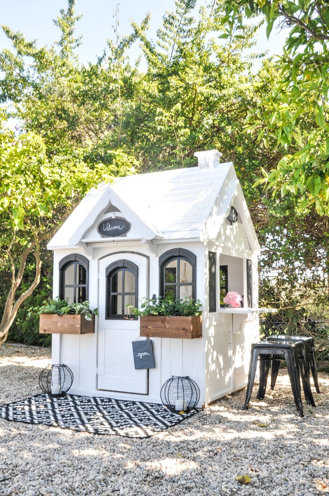 Super cute modern farmhouse outdoor play house