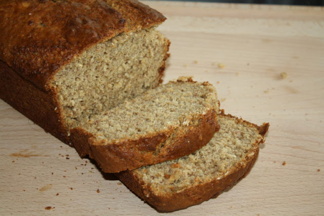 Most Popular Recipe of the Week // Banana Oatmeal Bread from Our Eating Habits #SRCBacktoSchool #bread #banana #oatmeal