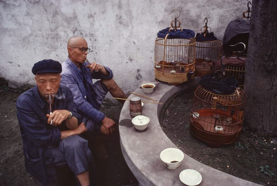 Amazing Color Photographs of Daily Life in China in the 1970s  vintage everyday