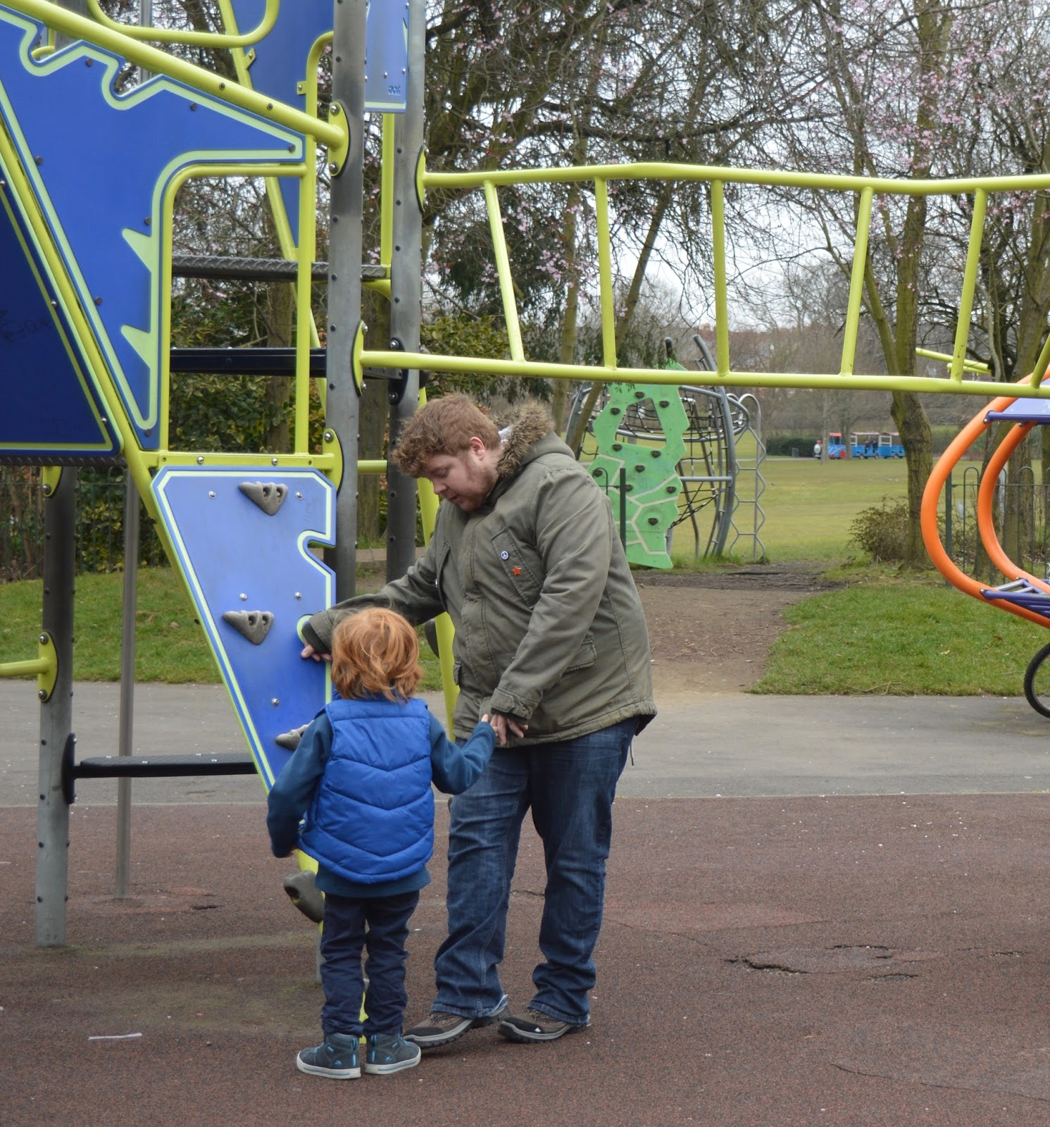 Saltwell Park Junior Climbing Frame in Play Park