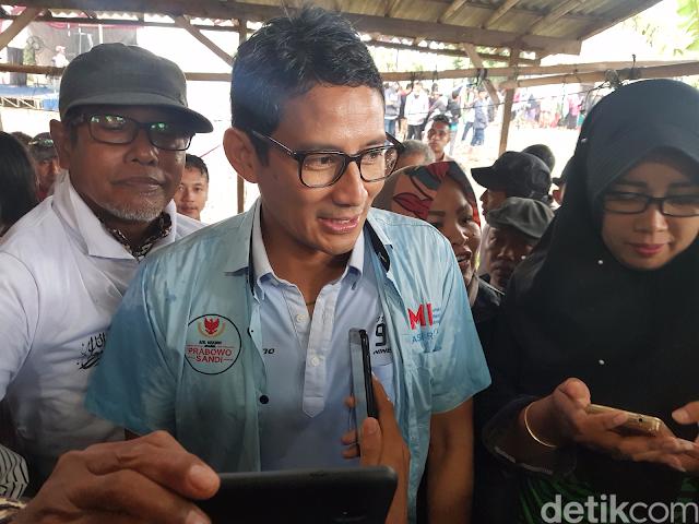 Ini Kata Sandi soal Hoax 'Luhut Siap Cium Kaki Prabowo'