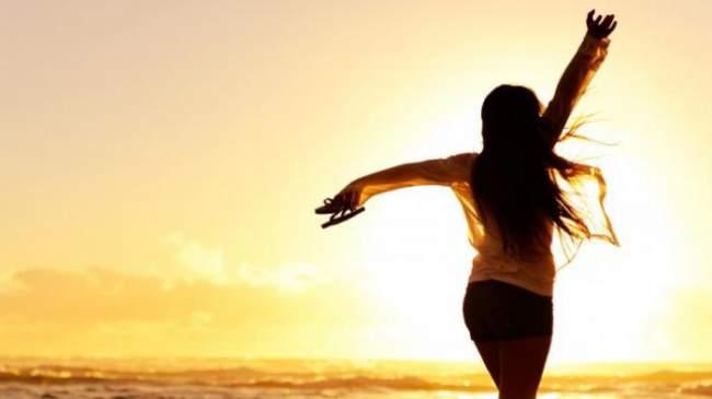 Meskipun banyak masalah mendera, bahagia adalah prioritas utama