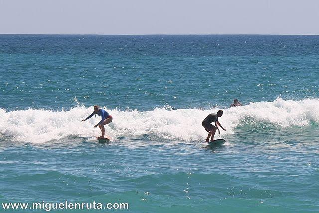 Thomas-Beach-mar-surf
