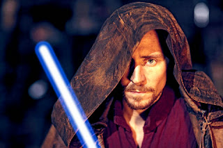 Tom Hiddleston as Jedi in Star Wars Episode VII