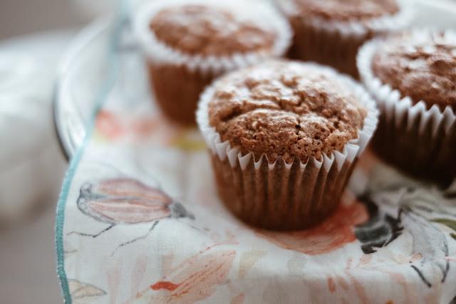 cinnamon swirl banana bread muffins