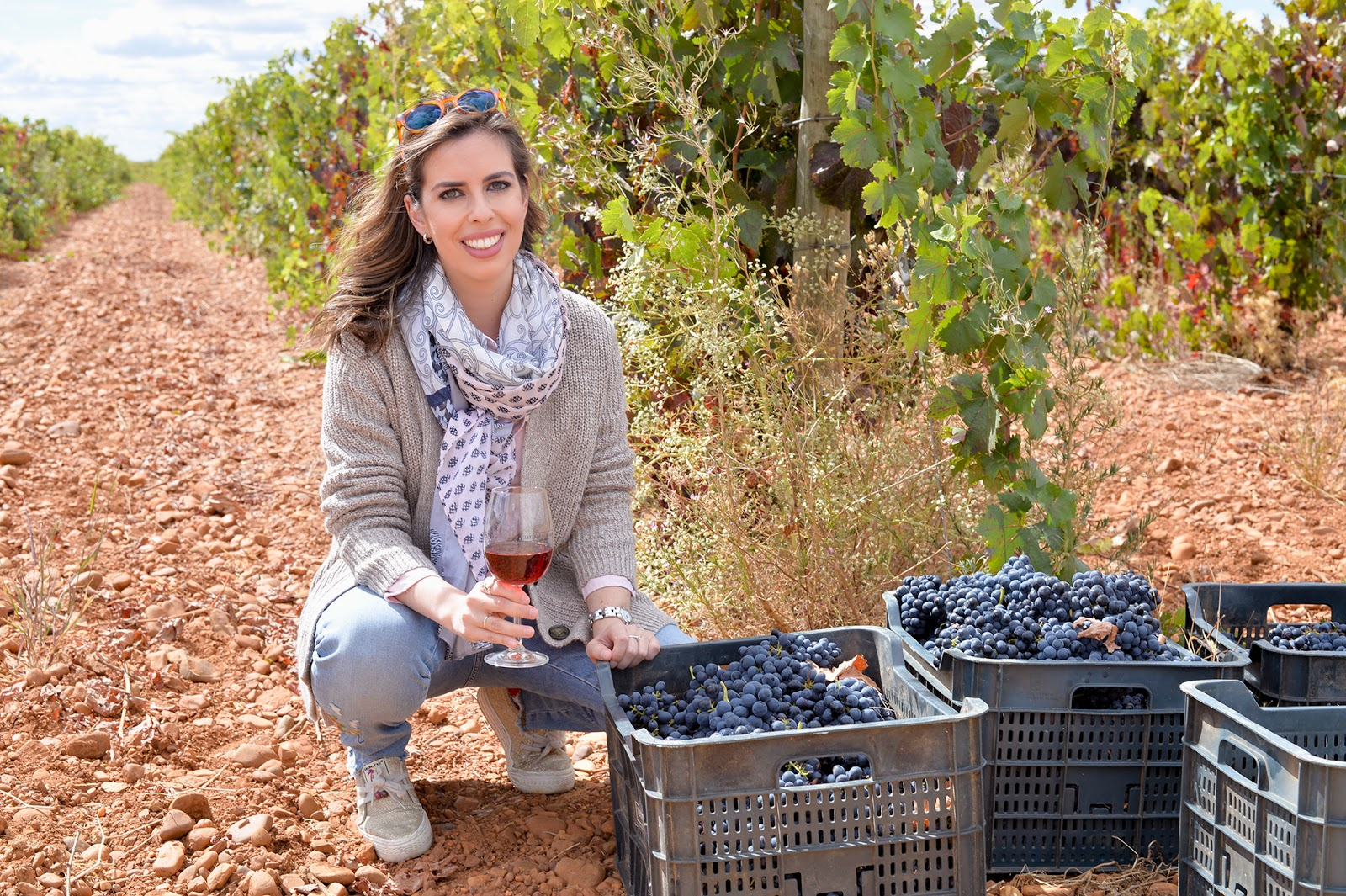 leyenda del paramo vendimia wine harvest vineyard fashion blogger